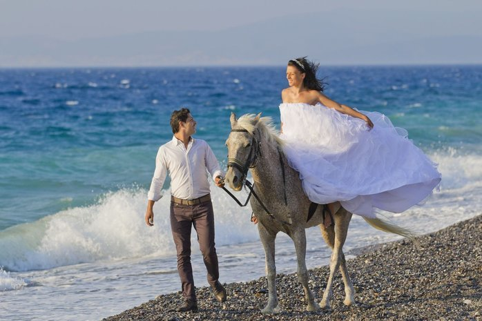 Kipriotis_Hotels_Wedding_by_the_beachJPG