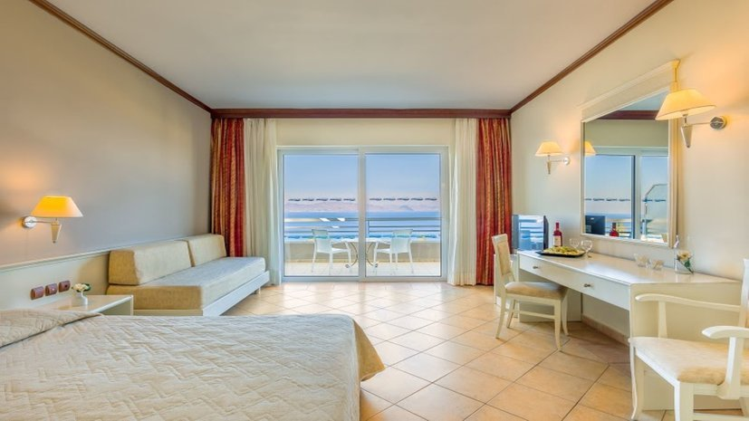 Kipriotis_Aqualand_double_room_11